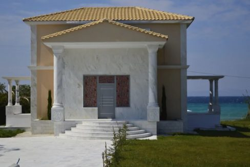 Beachfront Villa at Polychrono, Halkidiki 6