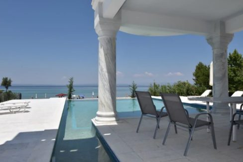 Beachfront Villa at Polychrono, Halkidiki 7