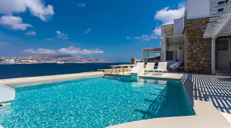 Big Luxury Villa in Mykonos 12
