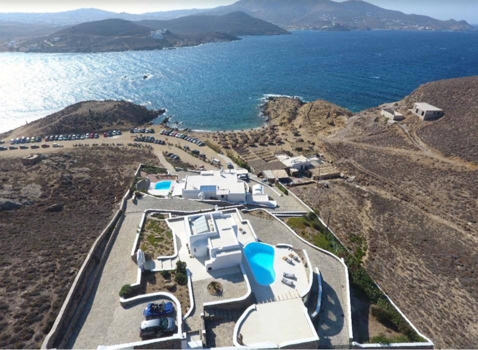 Luxury Seaview, Beachfront Villa Mykonos, Ftelia