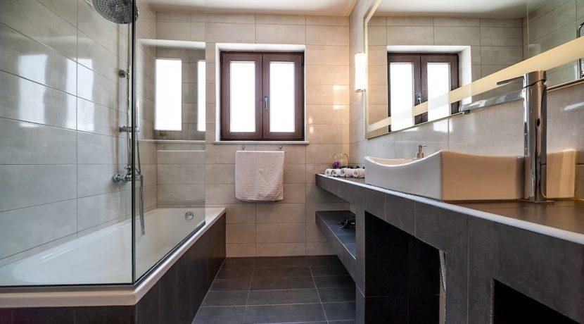 Luxury Villa with helipad at Chania Crete 28