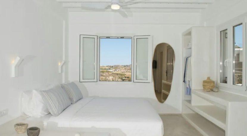Small Villa near Super Paradise Beach - Ideal for EU Golden Visa 3