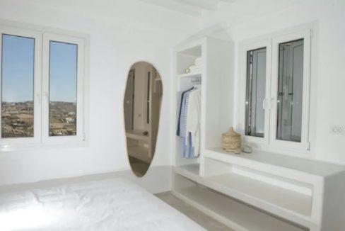 Small Villa near Super Paradise Beach - Ideal for EU Golden Visa 5