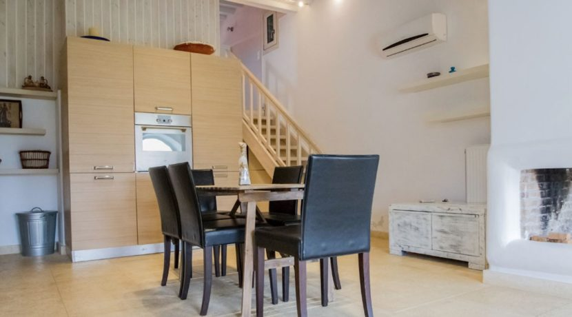 Villa in Ftelia Mykonos with 3 BDR 11