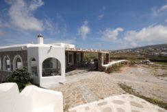 Villa in Ftelia Mykonos with 3 BDR 4