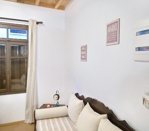 18th century restored guest house in Chania Old Town 10