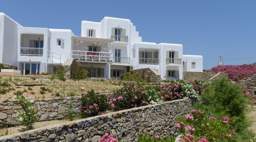 4 bedroom semi-detached house for sale Mykonos 1