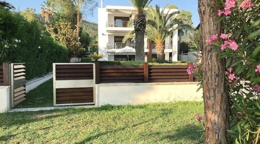 Beachfront-Villa-Greece-Sithonia-Halkidiki-7