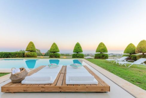 Elegant villa at Malia Crete 4