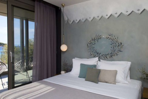 Excellent Seafront Villa at Sithonia 38