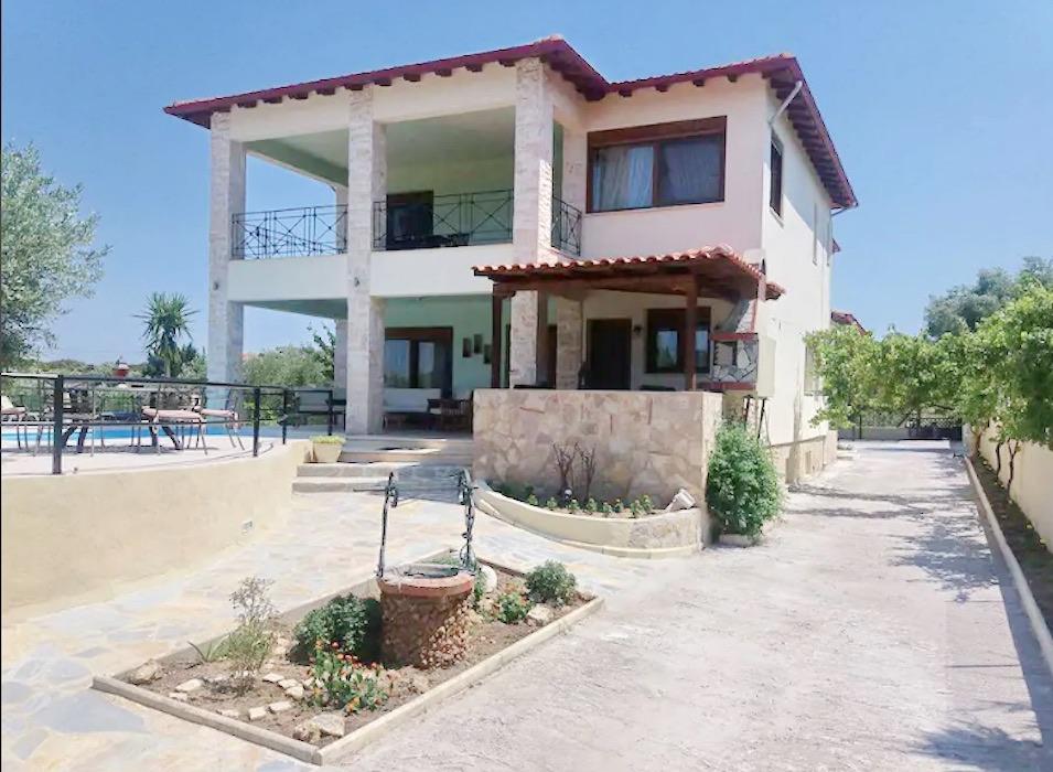 House for sale at Chanioti Kassandra Halkidiki