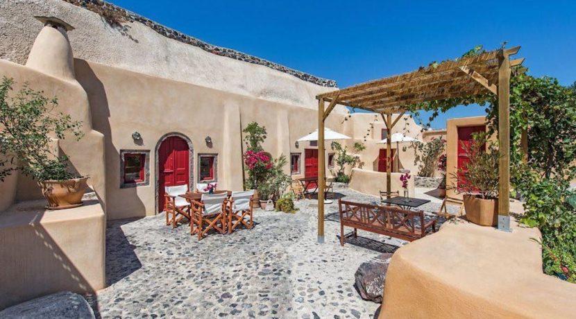 House for sale in Finikia, Santorini 4