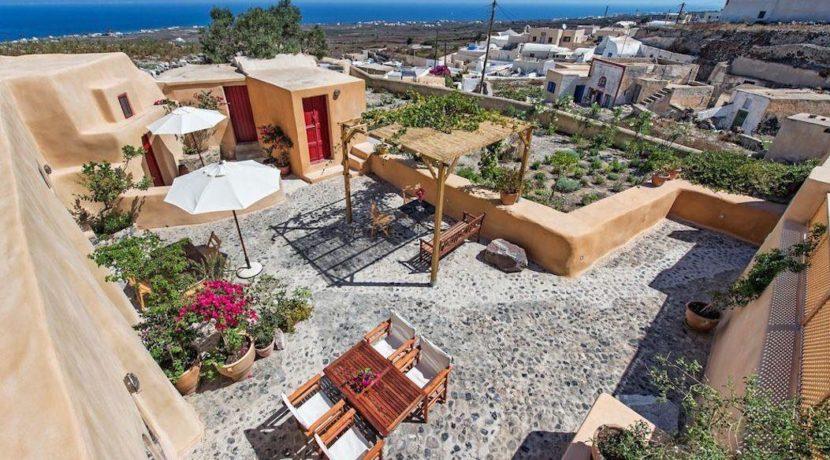 House for sale in Finikia, Santorini 5