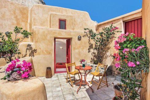 House for sale in Finikia, Santorini 7