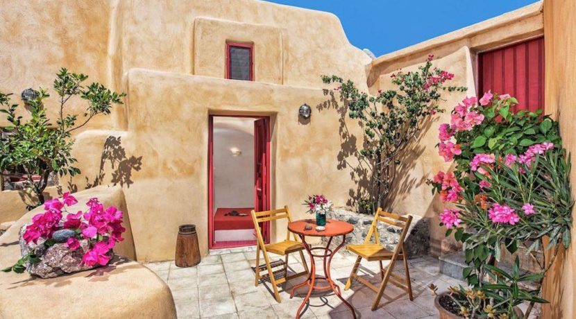 House For Sale In Finikia, Santorini, Real Estate Greece, Top Villas, Luxury Estate