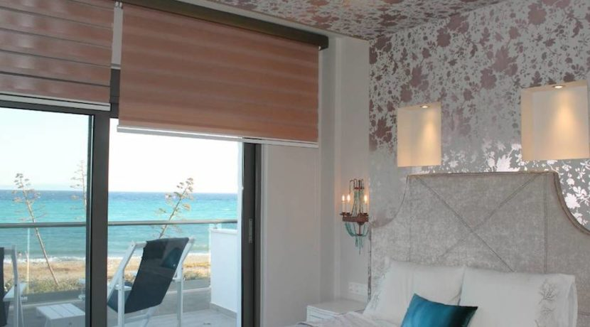 Kassandra Luxury beachfront villa at Chanioti 10