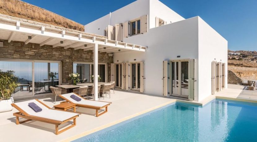 Prime Location Mykonos Villa for Sale, Elia Beach 17