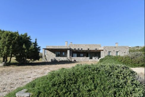 Private Stone Villa close to Naousa Paros 16
