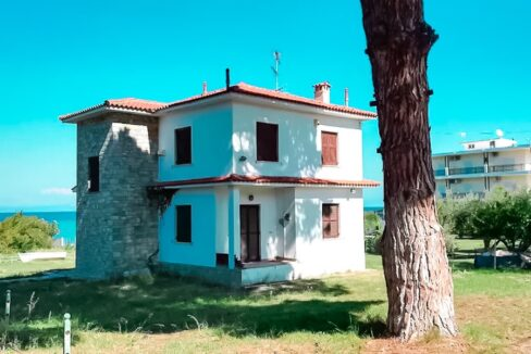 Seafront House at Pefkohori Halkidiki for sale 14