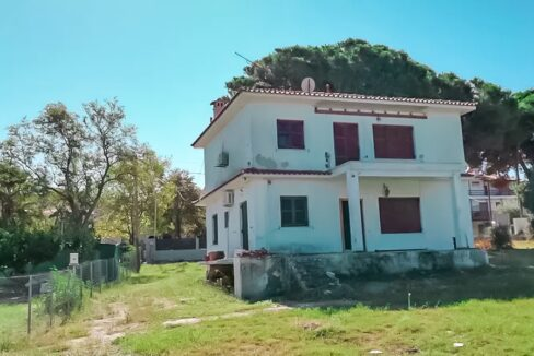 Seafront House at Pefkohori Halkidiki for sale 5