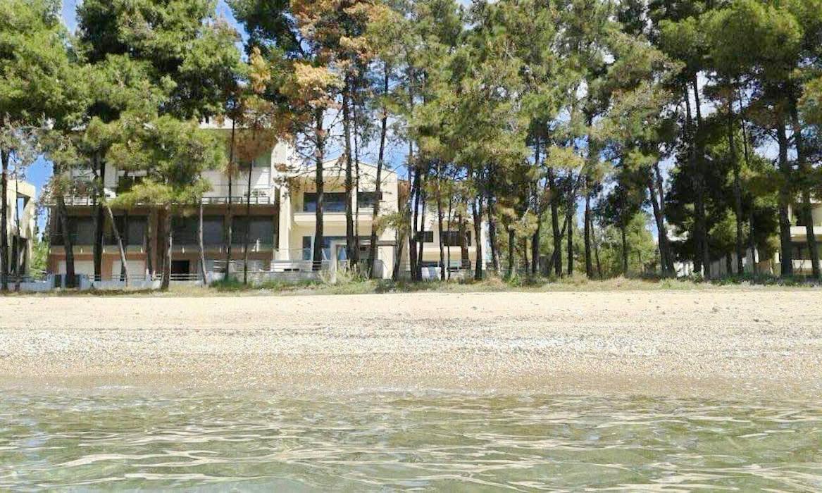 Sithonia Luxury beachfront villa