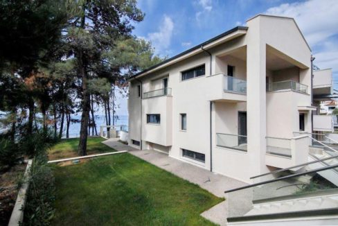 Sithonia Luxury beachfront villa 26