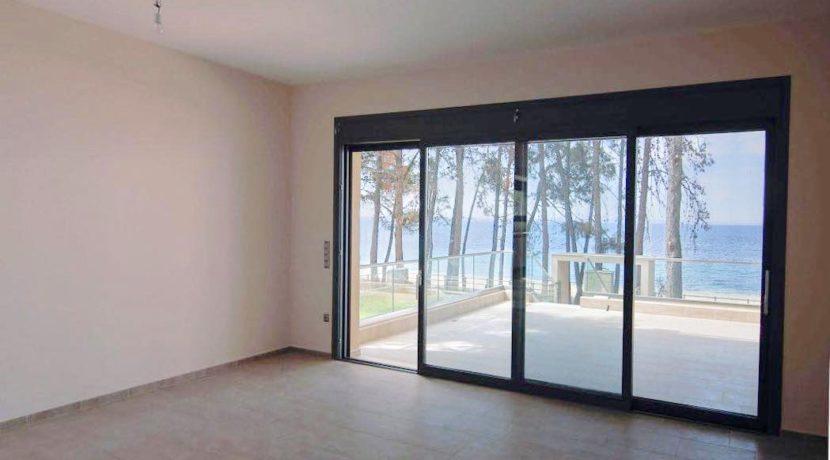 Sithonia Luxury beachfront villa 6
