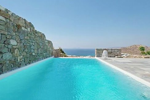 Spacious Sea View Villa in Kalafatis Mykonos 4