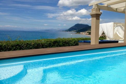 Complex of 5 small seafront villas in Corfu for sale 1