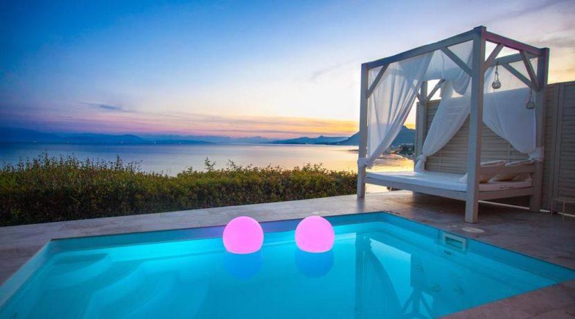 Complex of 5 small seafront villas in Corfu for sale 15
