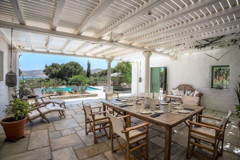 Excellent Villa in Paros for sale 10