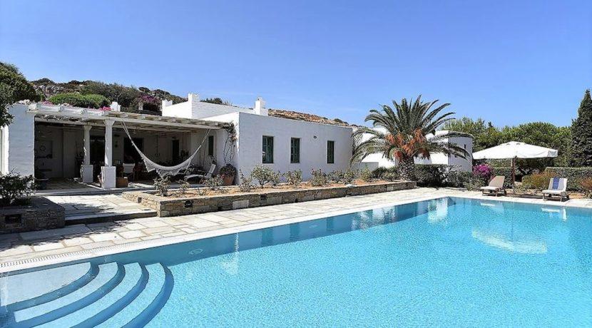 Excellent Villa in Paros for sale 13