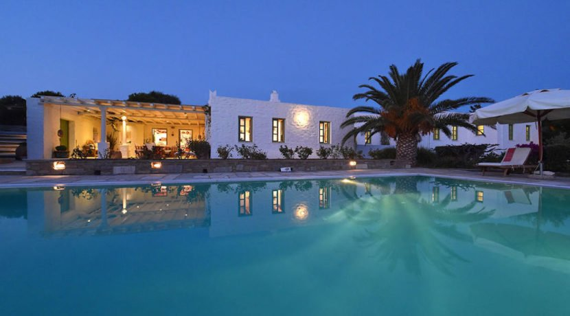 Excellent Villa in Paros for sale