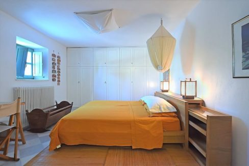 Excellent Villa in Paros for sale 3