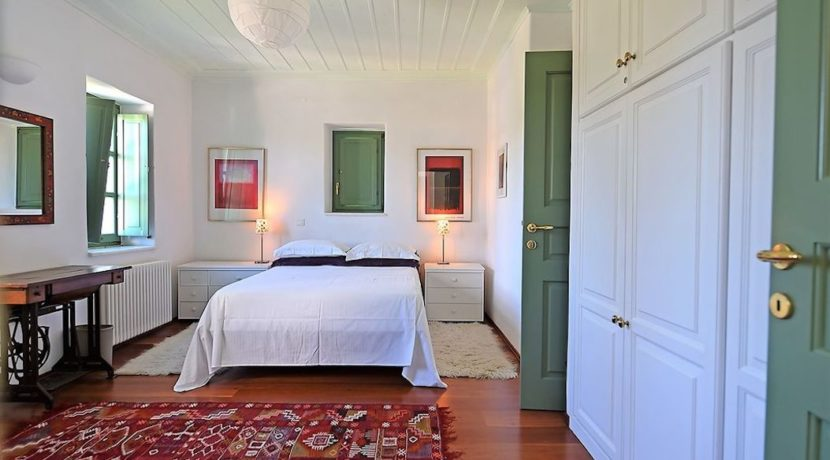 Excellent Villa in Paros for sale 6