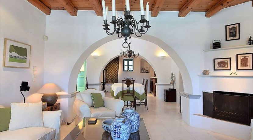 Excellent Villa in Paros for sale 9