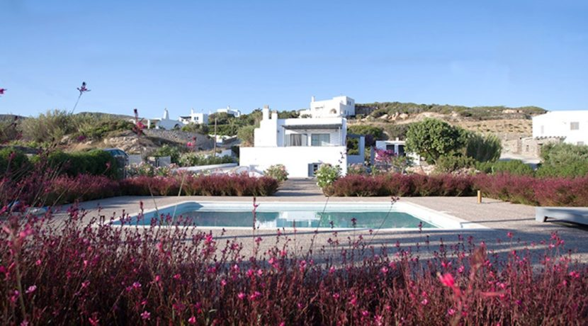 House for sale in Paros 11