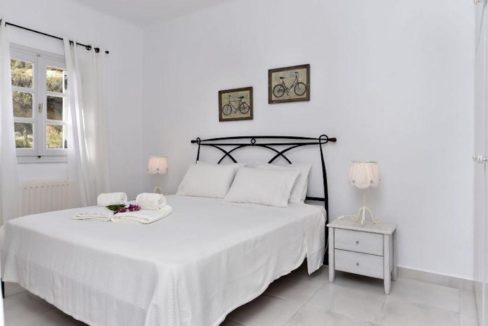 House for sale in Paros 6
