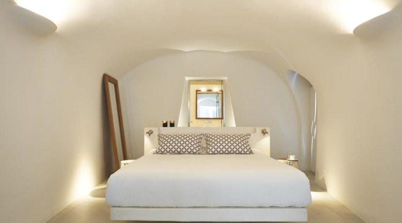 Santorini Luxury Villa for sale 1