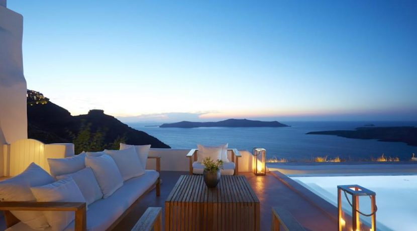 Santorini Luxury Villa for sale 16