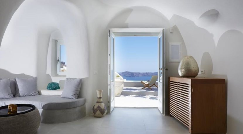 Santorini Luxury Villa for sale 4