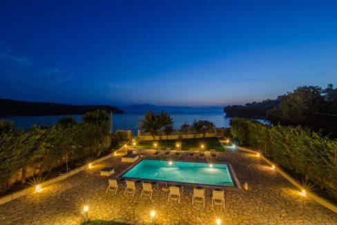 Seafront Villa in Avlaki Corfu 10
