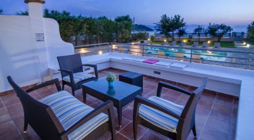 Seafront Villa in Avlaki Corfu 11