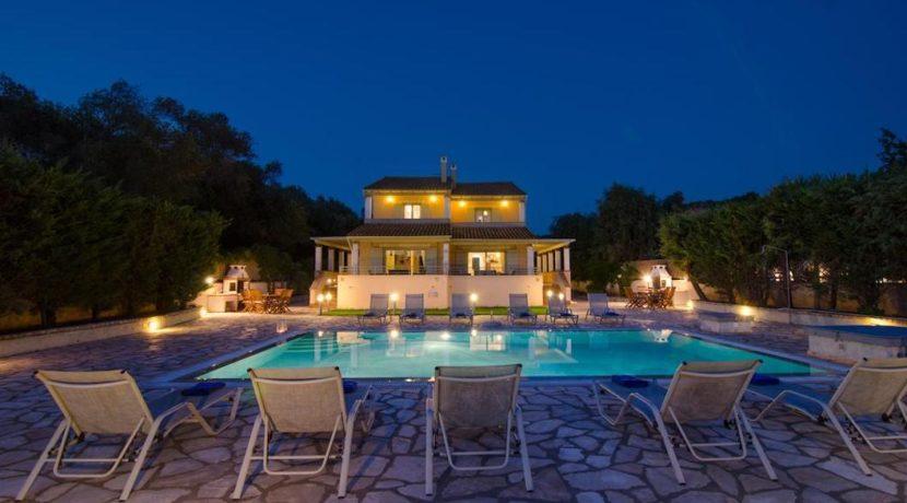 Seafront Villa in Avlaki Corfu 14