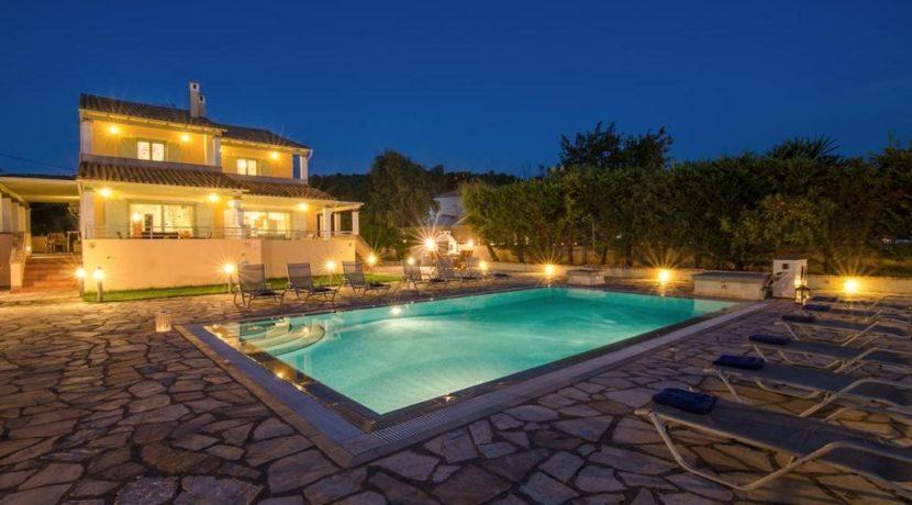 Seafront Villa in Avlaki Corfu 3