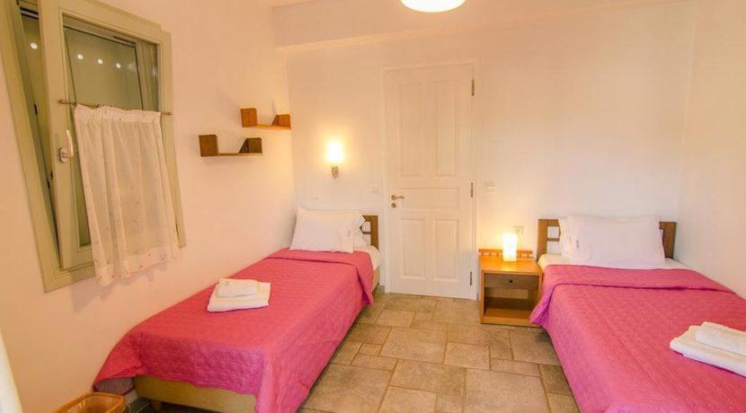 Seafront Villa in Avlaki Corfu 5