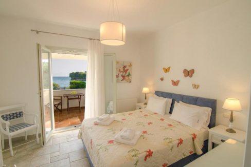 Seafront Villa in Avlaki Corfu 9