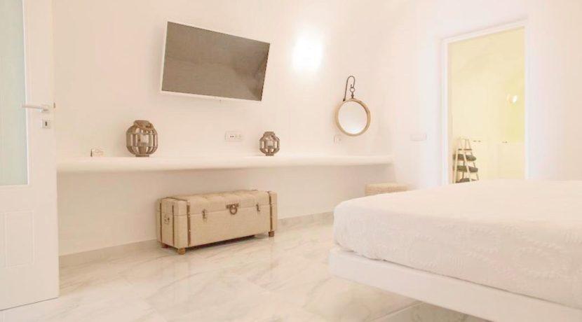 Villa For Sale in Santorini Island 3