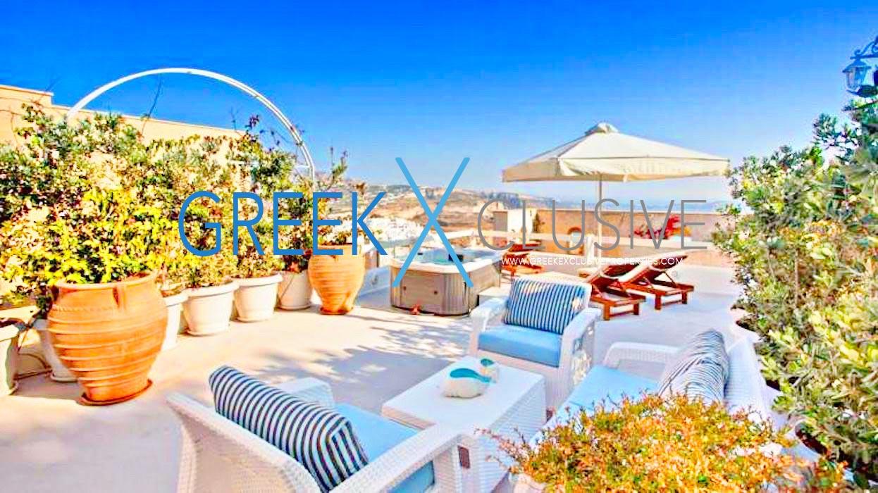 3 Luxury houses for sale in Santorini, Firostefani
