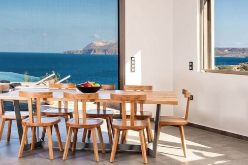Amazing Seafront Villa in Crete. Property for sale in Crete Chania, property for sale in Greece beachfront, luxury waterfront homes for sale in Greece 20